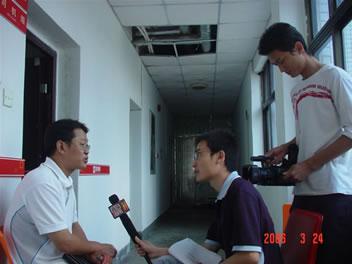 李武平律师接受海南电视台〈直播海南〉记者采访